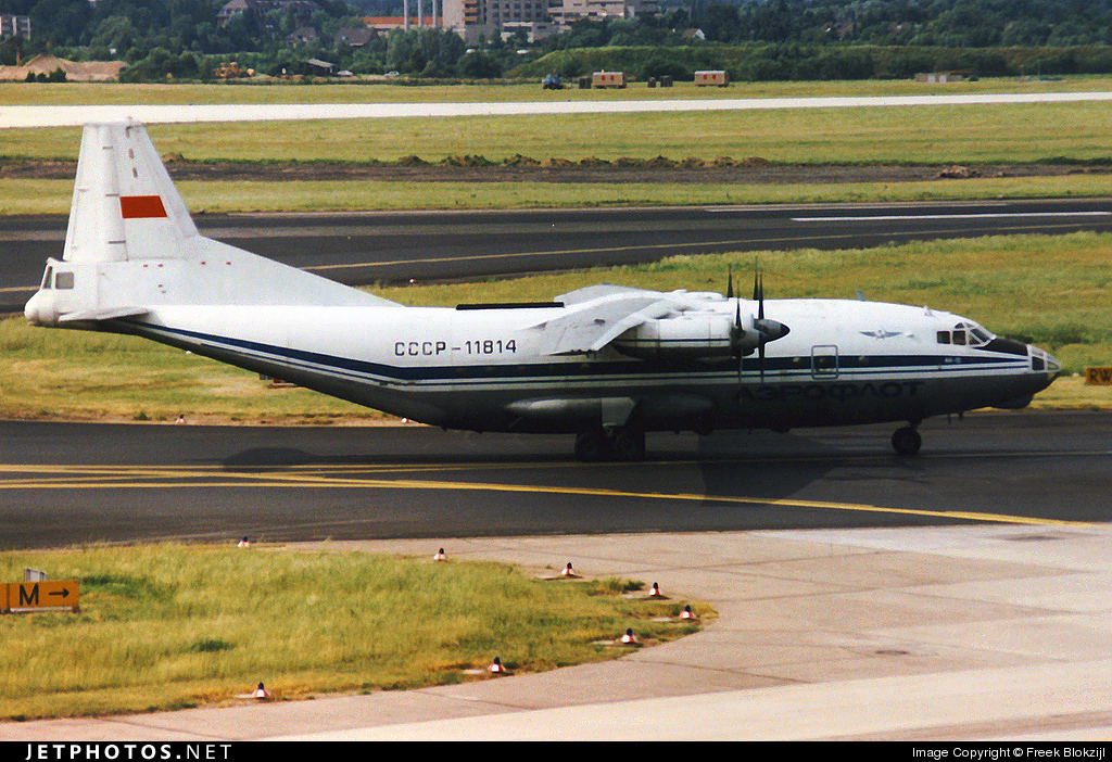 Photo of CCCP-11814 Antonov An-12BP by Freek Blokzijl