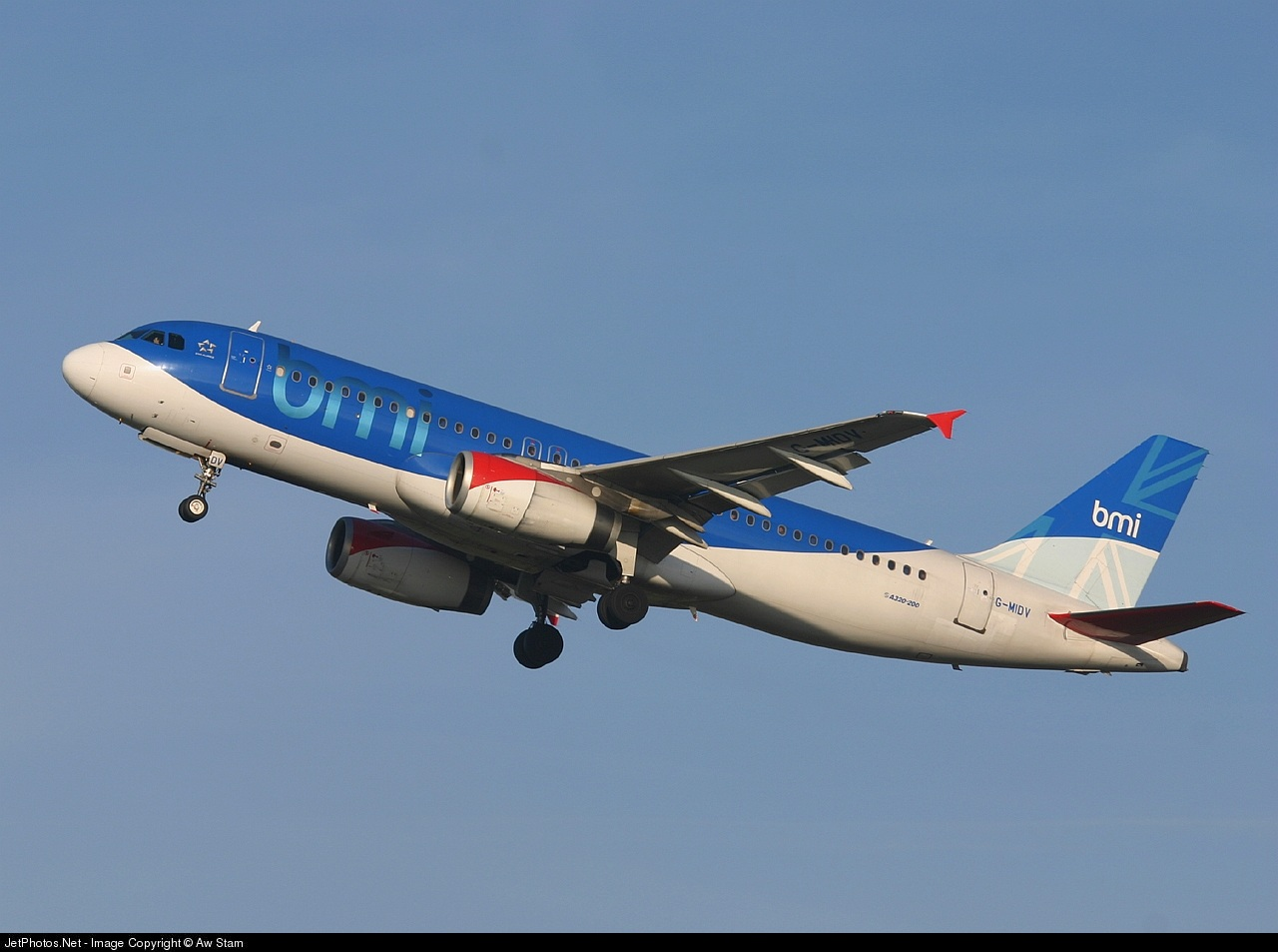 Photo of G-MIDV Airbus A320-232 by Aw Stam