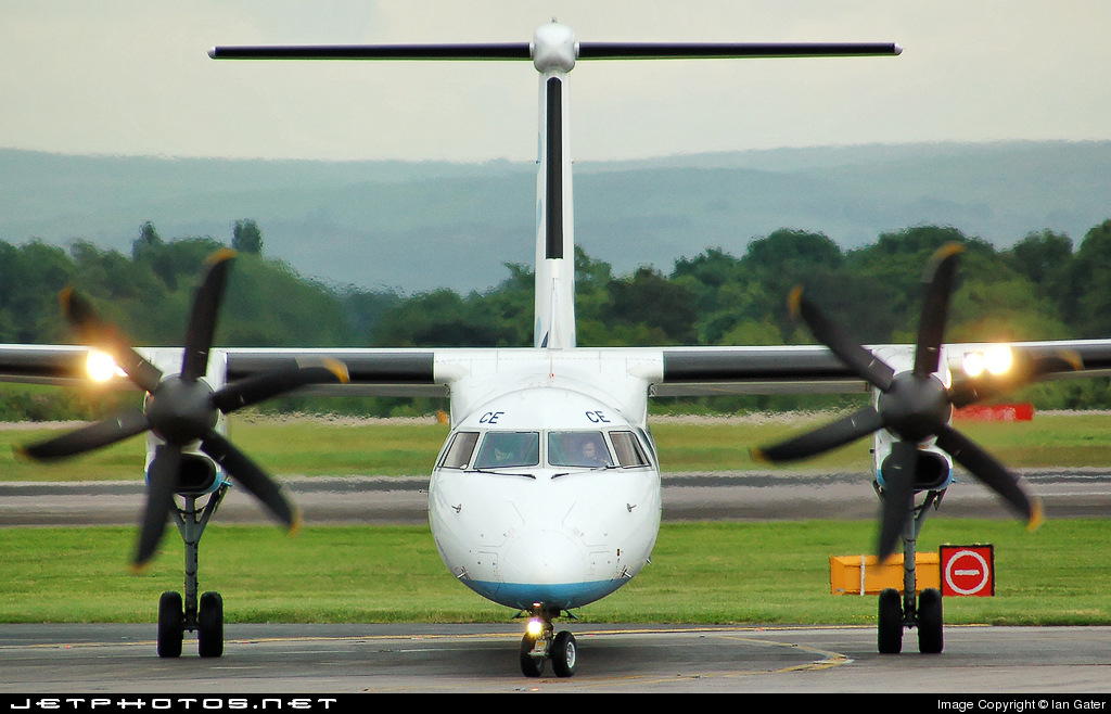 Photo of G-JECE Bombardier Dash 8-Q402 by Ian Gater