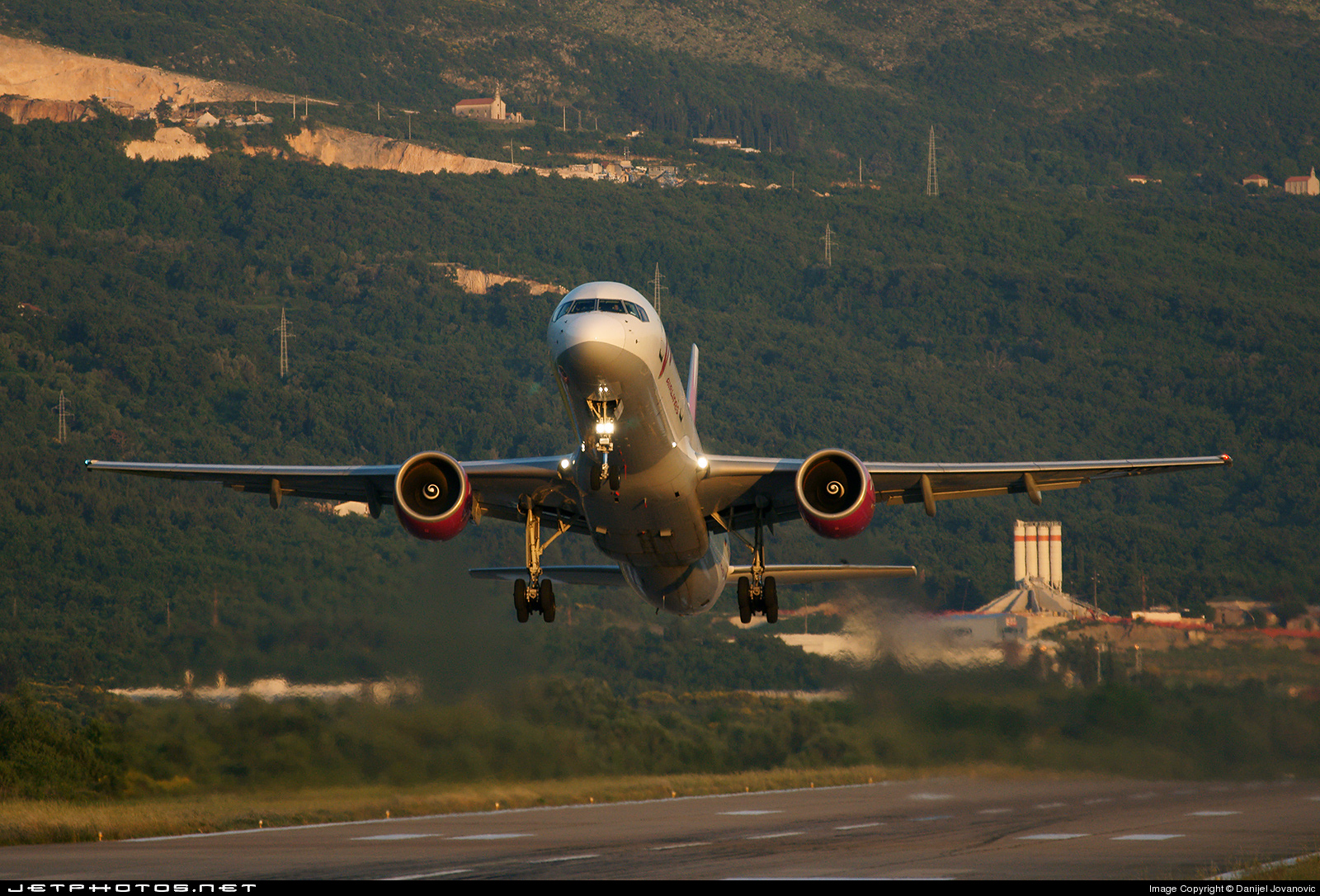 Photo of RA-73017 Boeing 757-230 by Danijel Jovanovic - AirTeamImages
