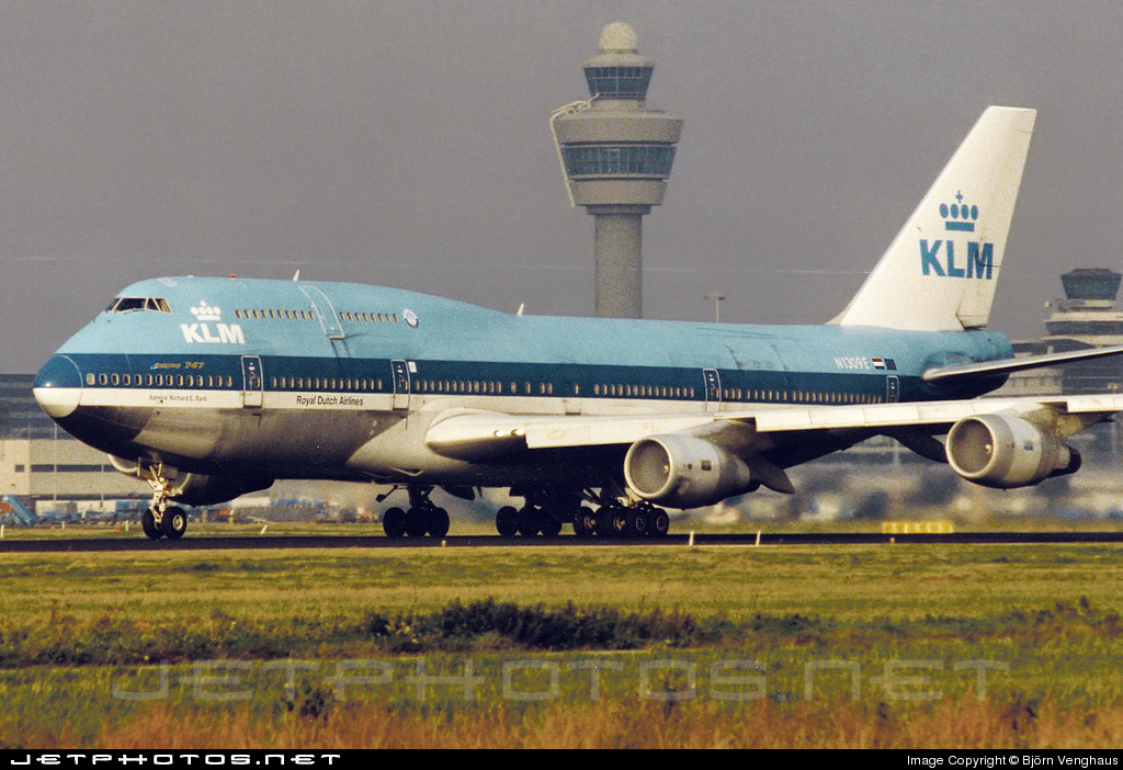 Photo of N1309E Boeing 747-206B(M)(SUD) by Björn Venghaus