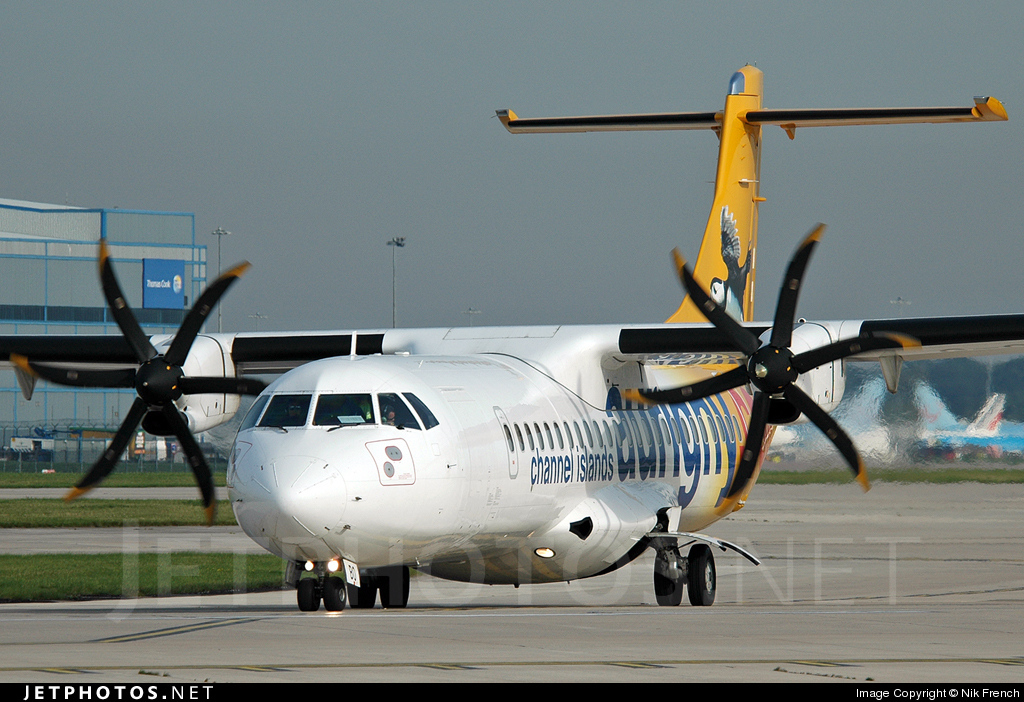 Photo of G-COBO ATR 72-212A(500) by Nik French