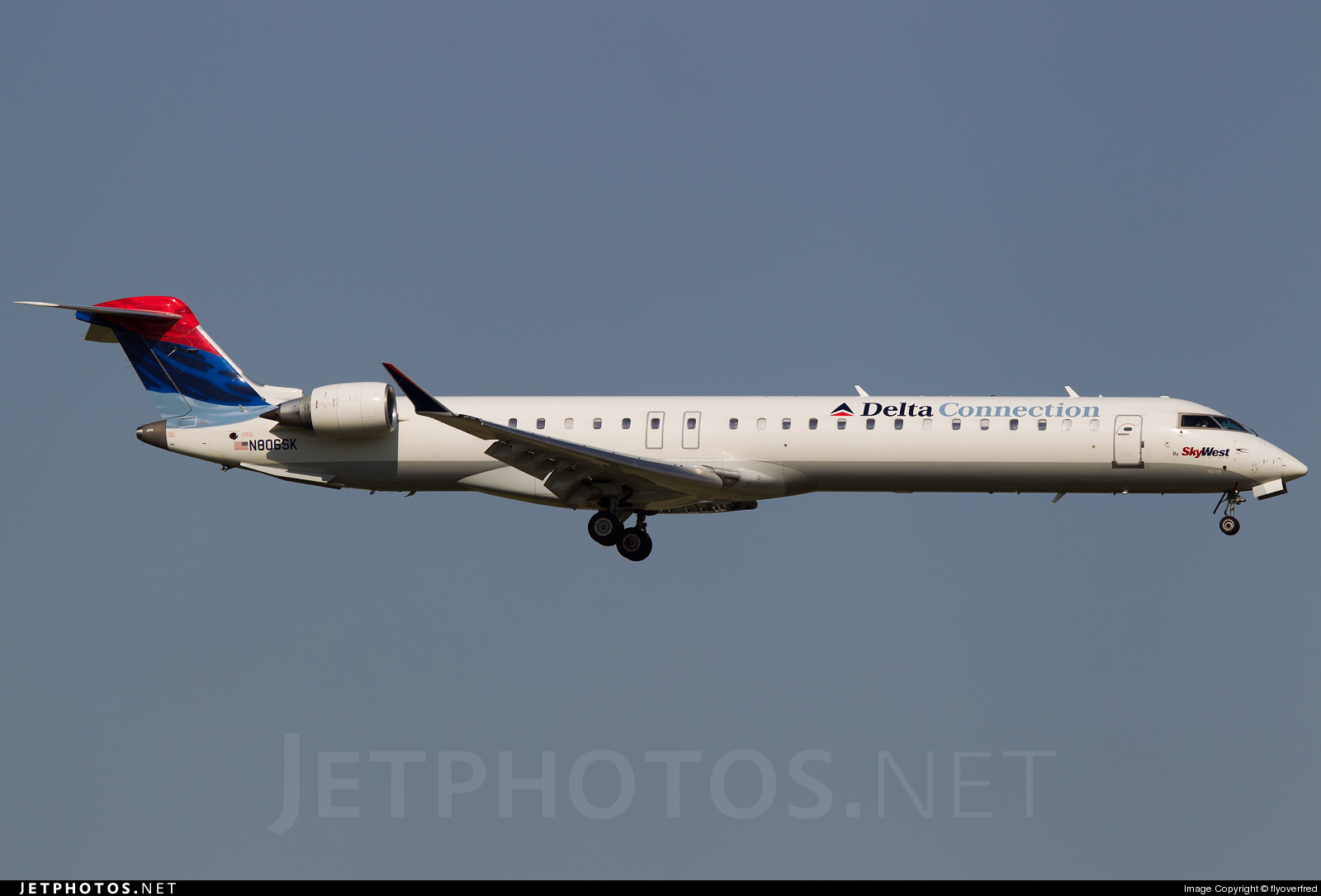Photo of N806SK Bombardier CRJ-900ER by Adrian Jack - AirTeamImages
