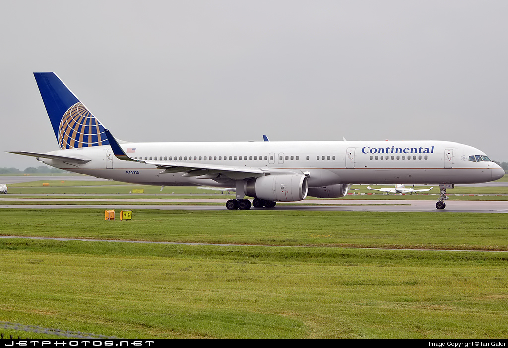 Photo of N14115 Boeing 757-224 by Ian Gater