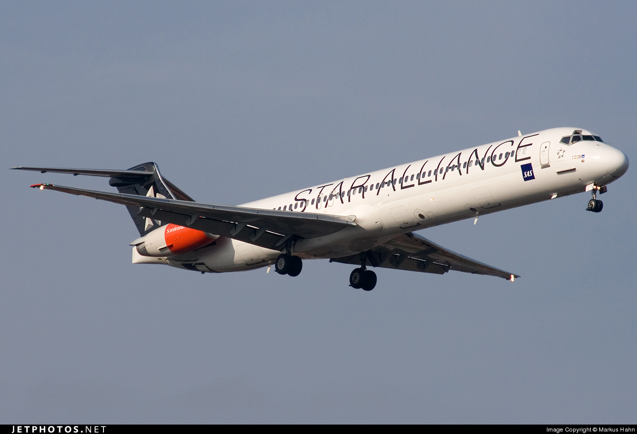 Photo of OY-KHE McDonnell Douglas MD-82 by Markus Hahn