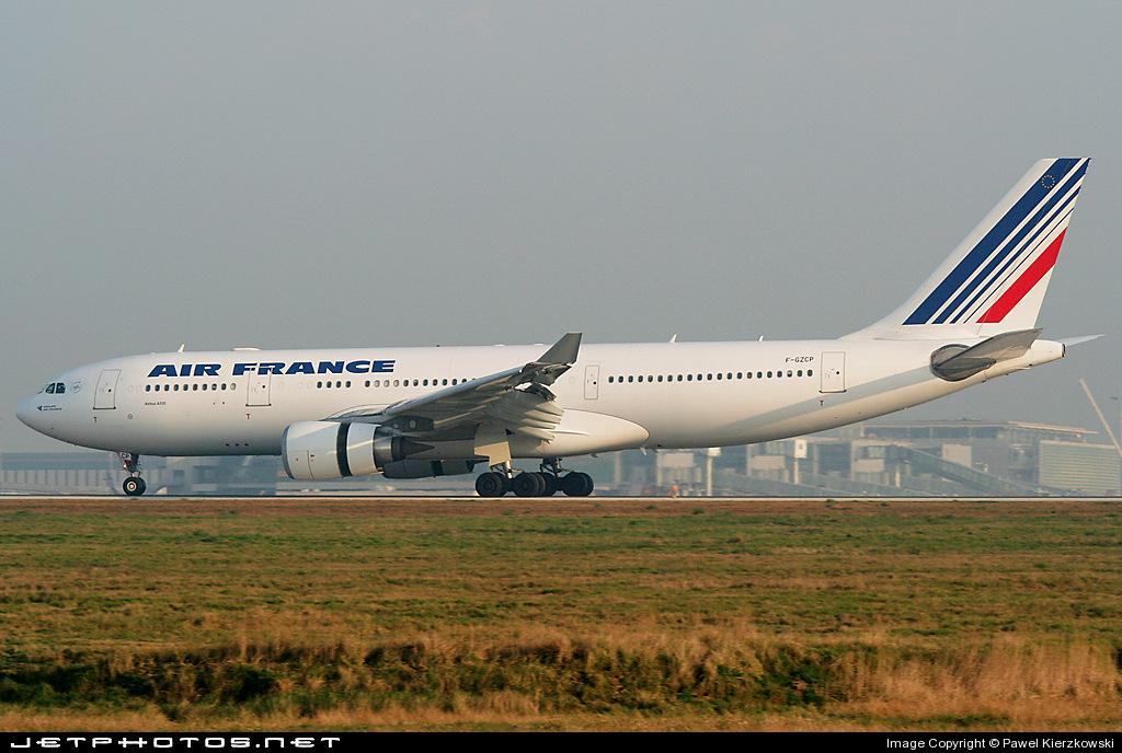 Photo of F-GZCP Airbus A330-203 by Pawel Kierzkowski