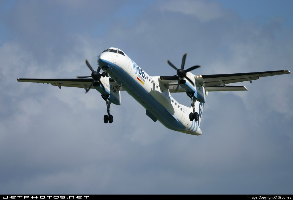 Photo of G-JEDJ Bombardier Dash 8-Q402 by Si Jones