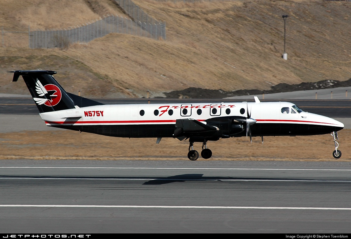 Photo of N575Y Beech 1900C-1 by Stephen Tornblom