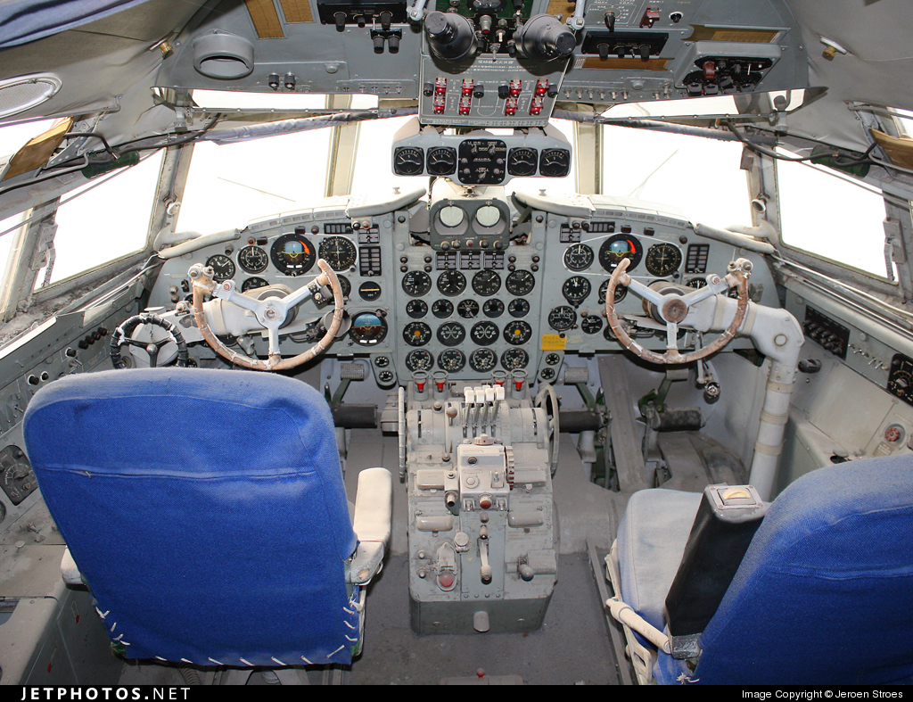 Photo of 232 Ilyushin Il-18V by Jeroen Stroes