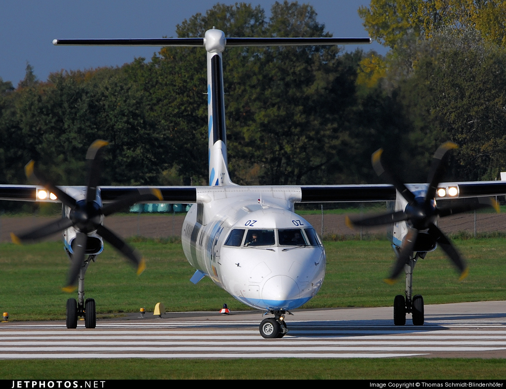 Photo of G-ECOZ Bombardier Dash 8-Q402 by Thomas Schmidt-Blindenhöfer