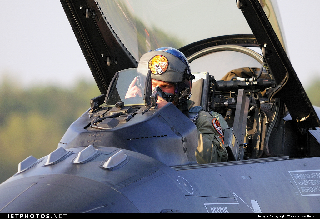 Photo of J-015 General Dynamics F-16AM Fighting Falcon by markuswillmann