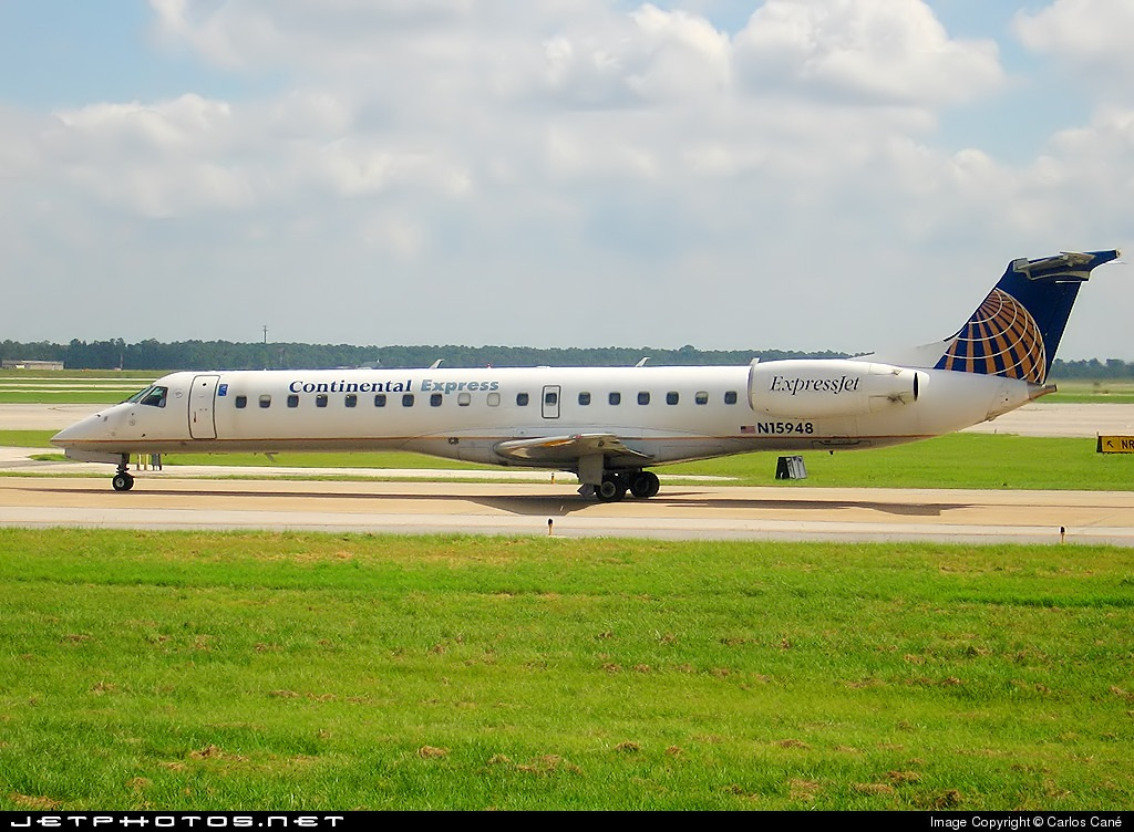 Photo of N15948 Embraer ERJ-145ER by Carlos Cané - AeroImagenes de Mexico