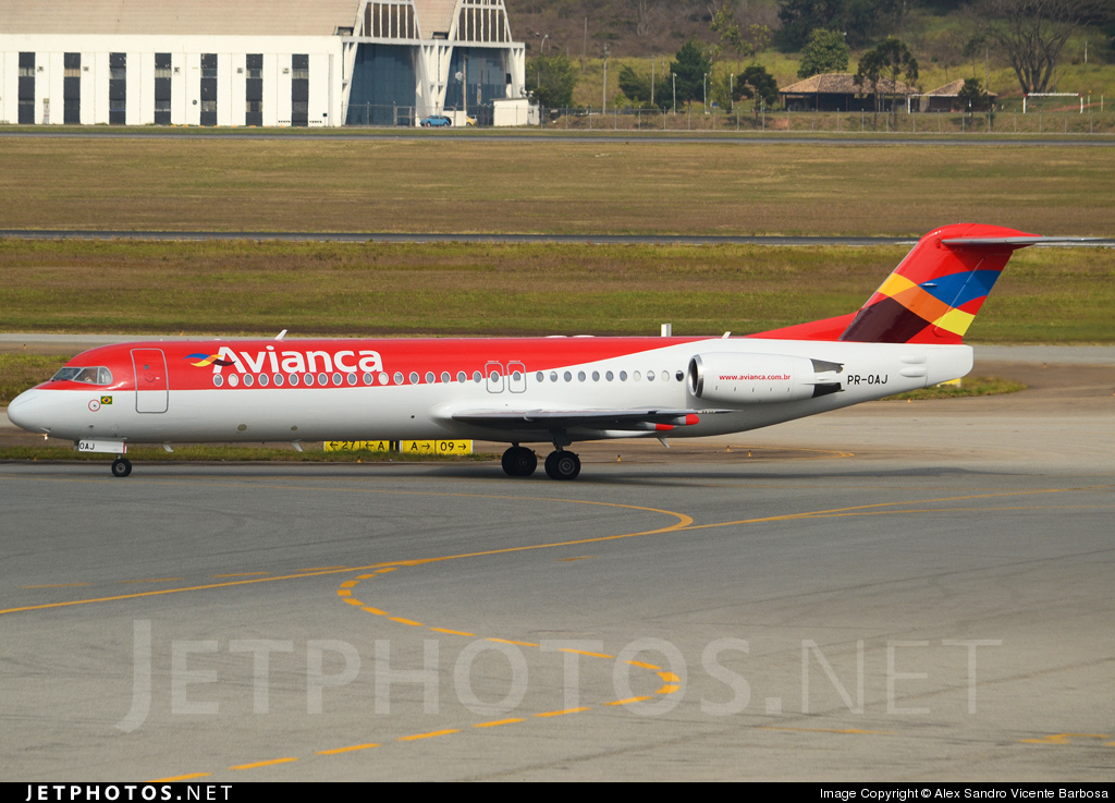 Photo of PR-OAJ Fokker 100 by Alex Sandro Vicente Barbosa