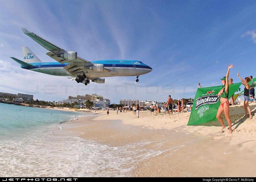 Photo of PH-BFG Boeing 747-406 by Denis F. McBriarty