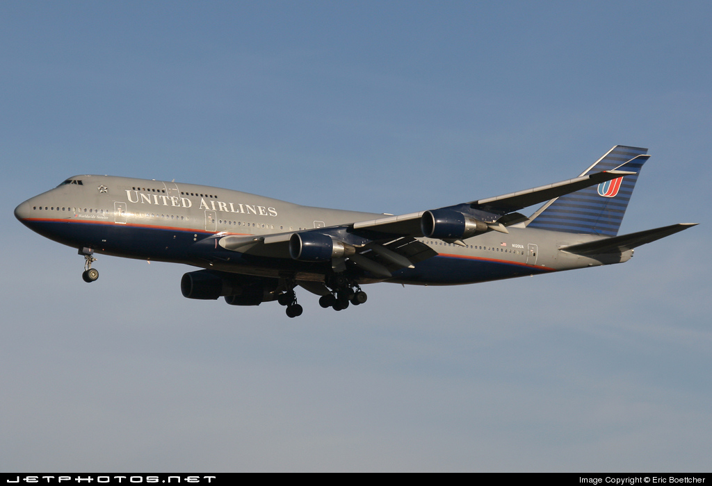 Photo of N120UA Boeing 747-422 by Eric Boettcher