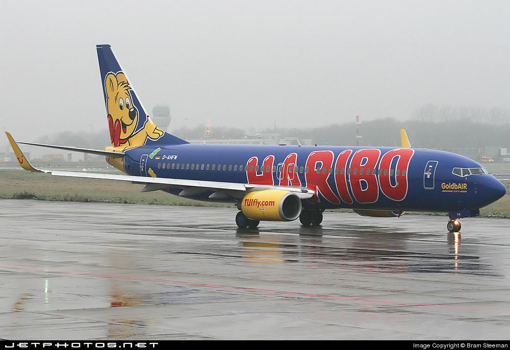 Photo of D-AHFM Boeing 737-8K5 by Bram Steeman