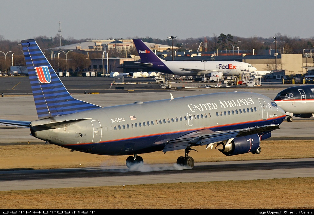 Photo of N350UA Boeing 737-322 by Trent R Sellers
