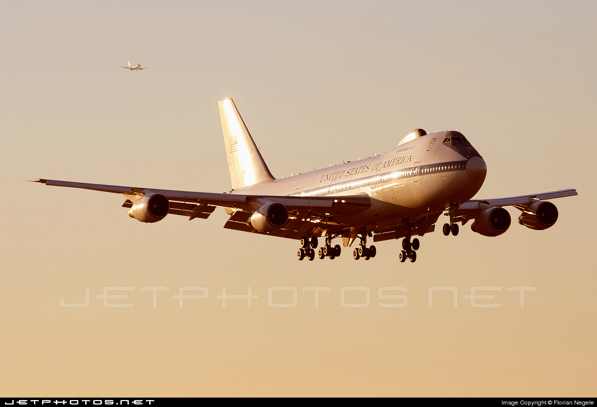 Photo of 73-1677 Boeing E-4B by Florian Negele