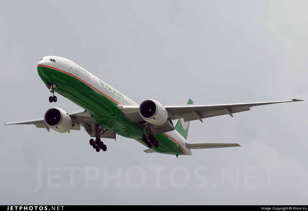 Photo of B-16713 Boeing 777-35EER by Khoa Vu
