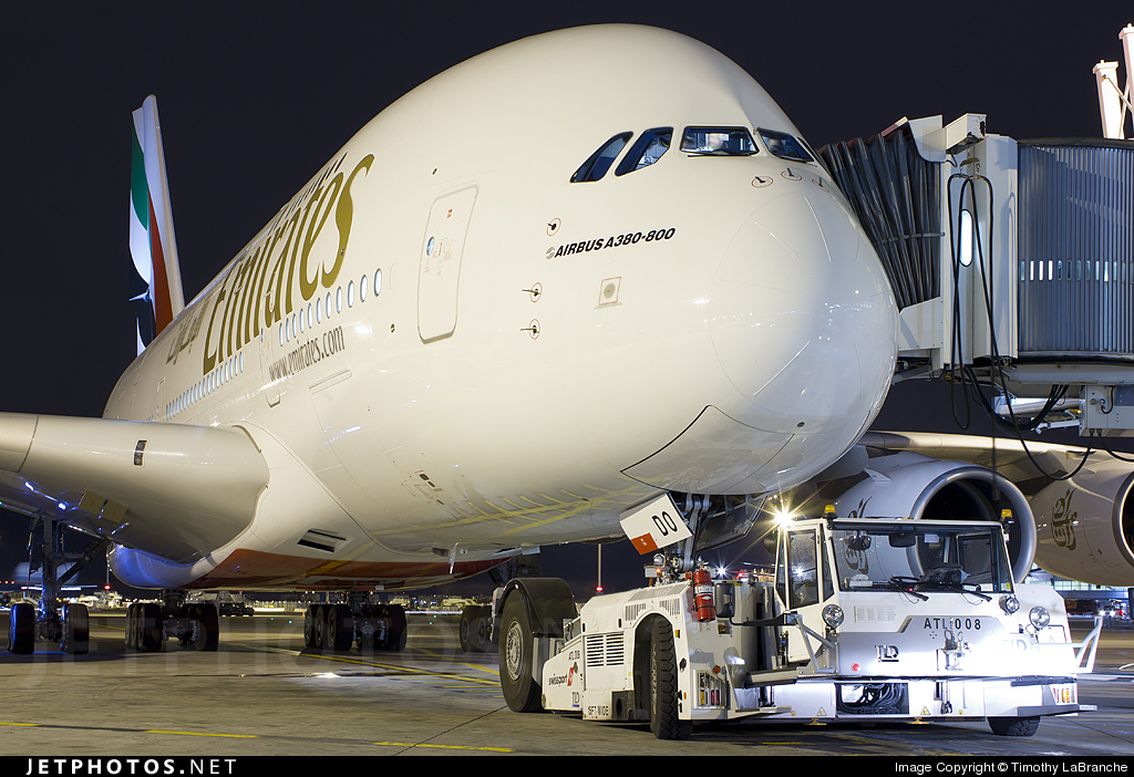 Photo of A6-EDO Airbus A380-861 by Timothy LaBranche