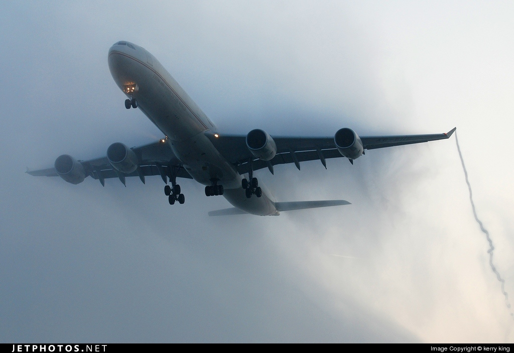 Photo of A6-EHE Airbus A340-642X by Herbert Sandla
