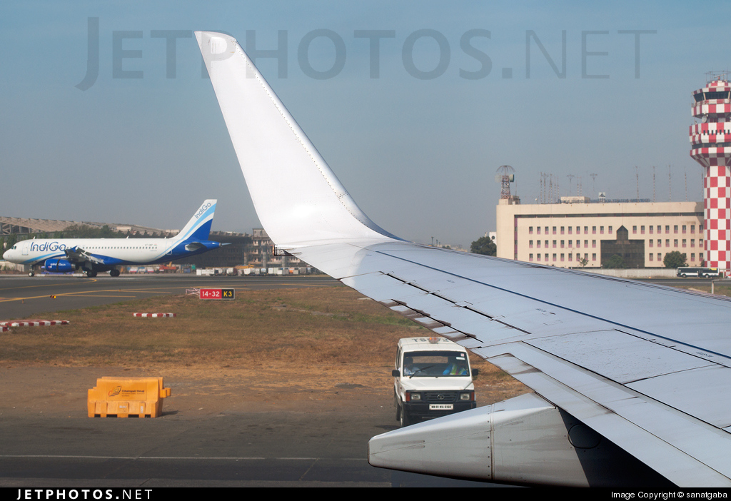 Photo of VT-JBR Boeing 737-86N by sanatgaba