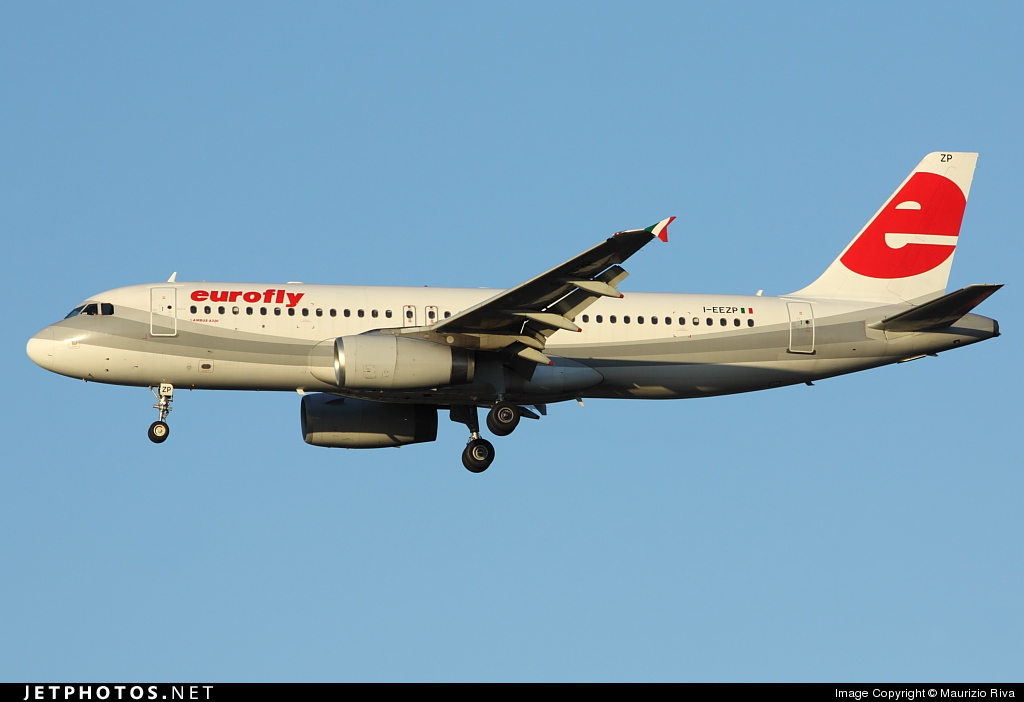 Photo of I-EEZP Airbus A320-233 by Maurizio Riva