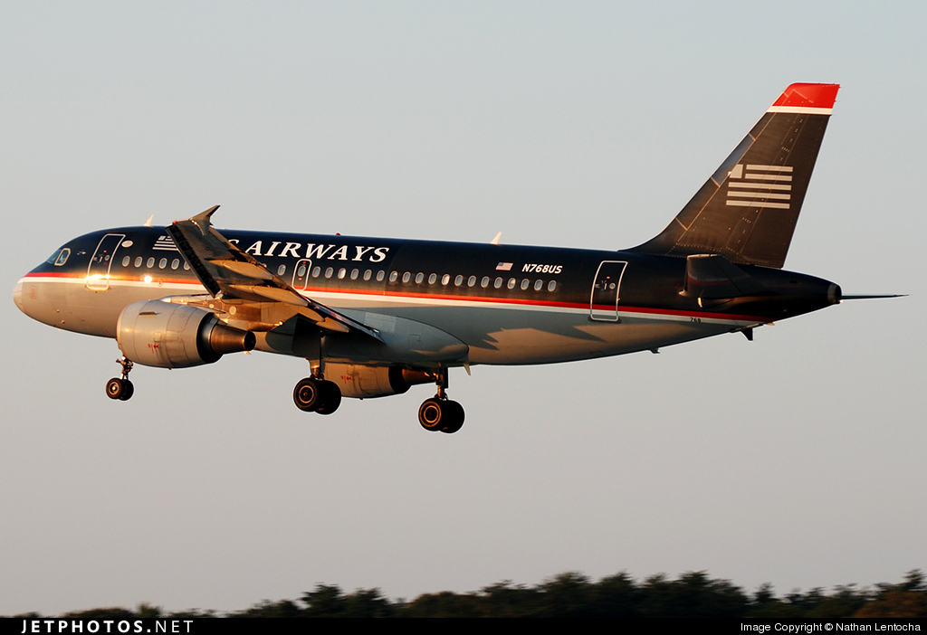 Photo of N768US Airbus A319-112 by Nathan Lentocha