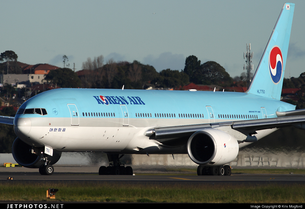 Photo of HL7750 Boeing 777-2B5(ER) by Kris Mogford