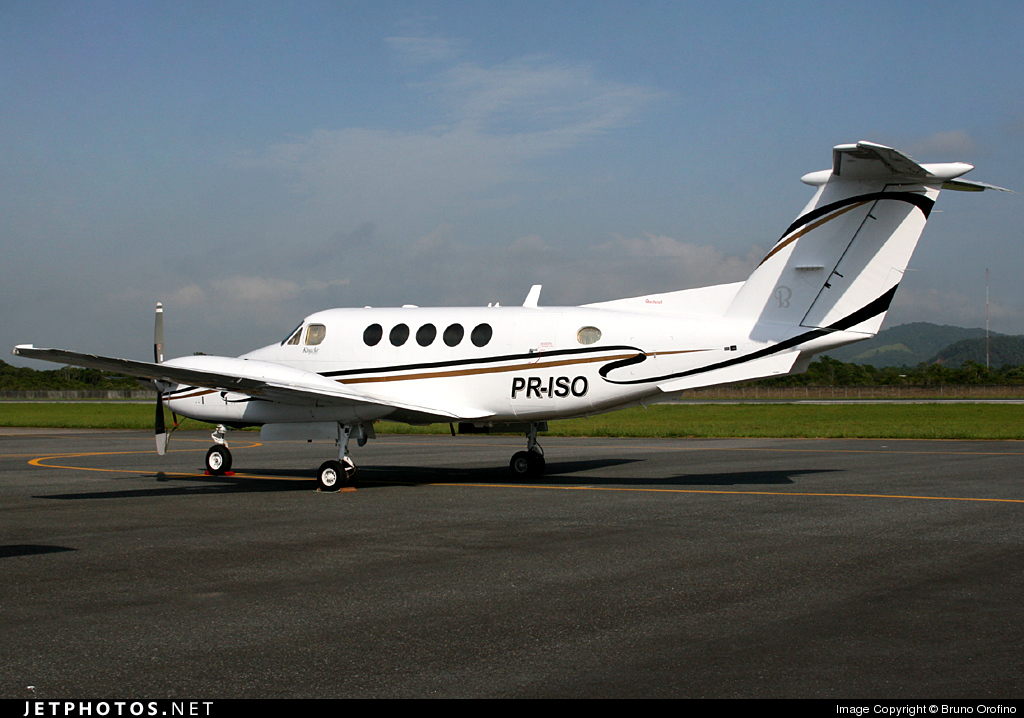 Photo of PR-ISO Beechcraft B200 Super King Air by Bruno Orofino