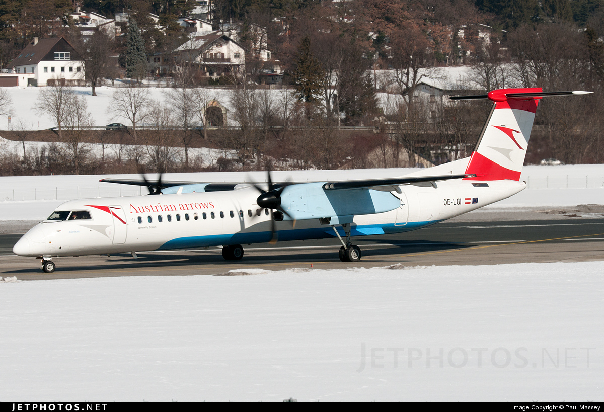 Photo of OE-LGI Bombardier Dash 8-Q402 by Paul Massey