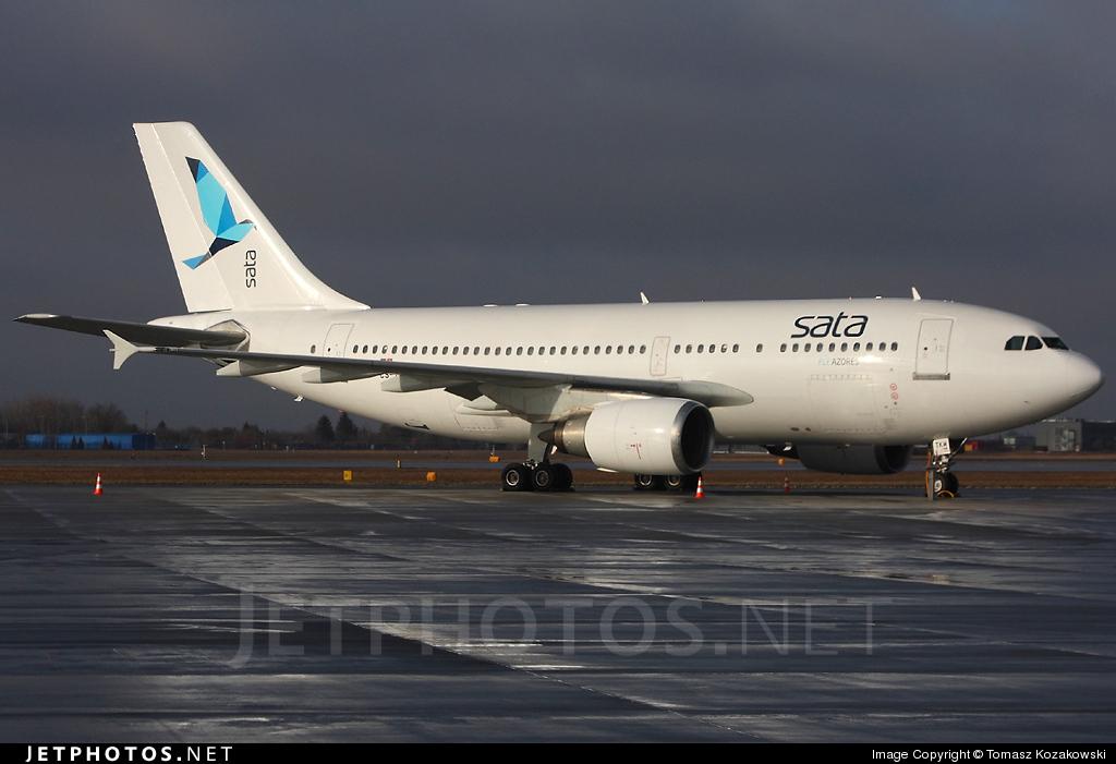 Photo of CS-TKM Airbus A310-304 by Tomasz Kozakowski