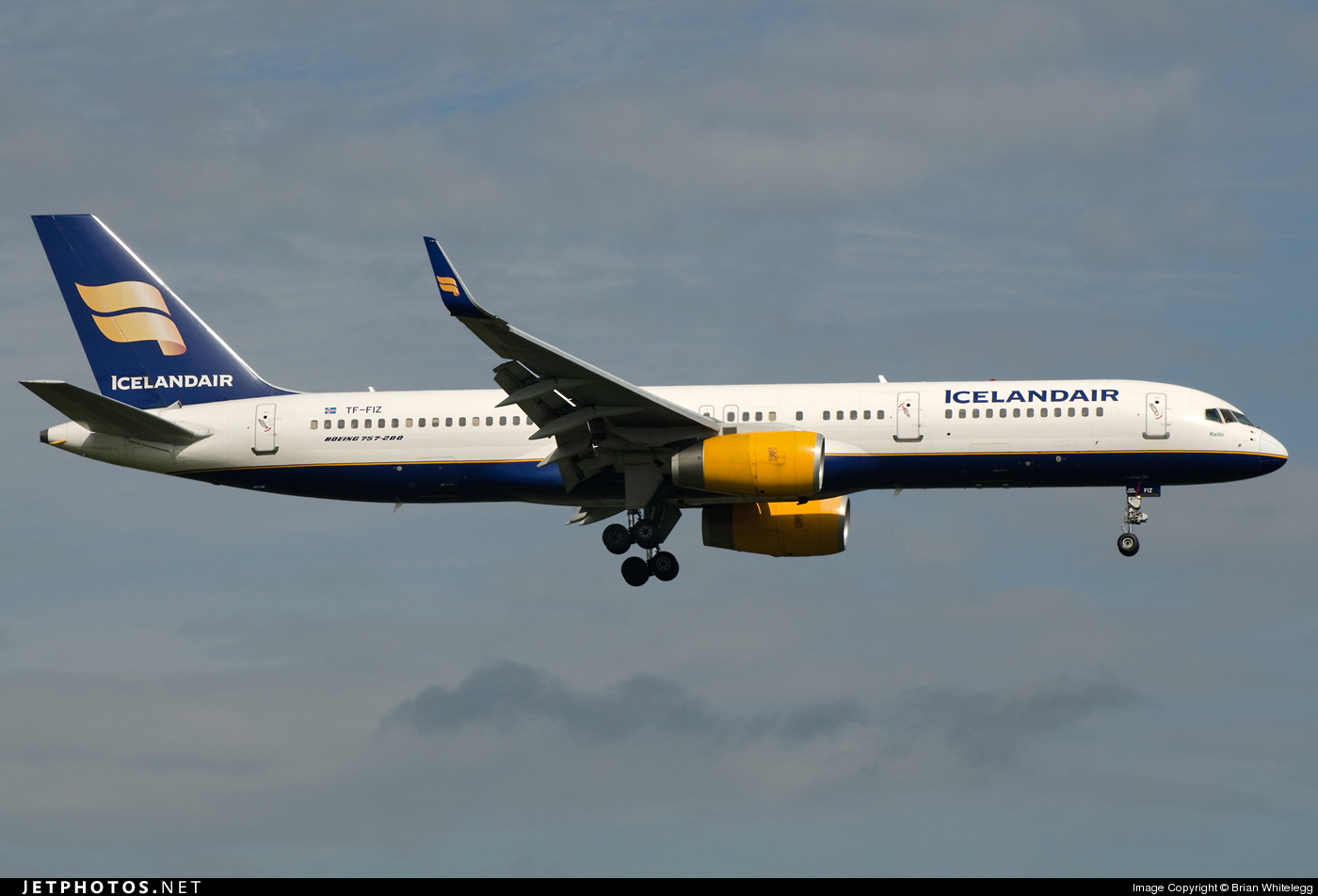 Photo of TF-FIZ Boeing 757-256 by Brian Whitelegg