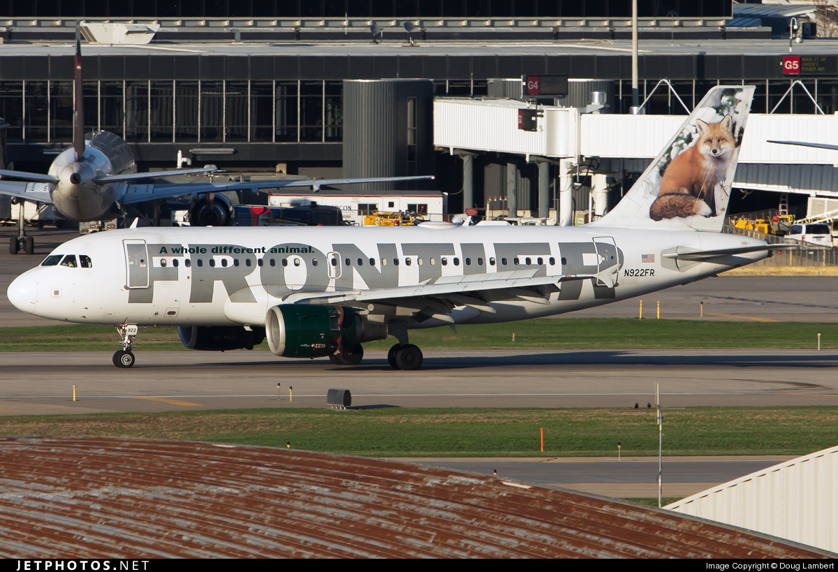 Photo of N922FR Airbus A319-111 by Doug Lambert