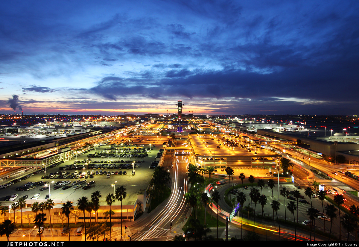 Photo of KLAX Airport by Tim Bowrey