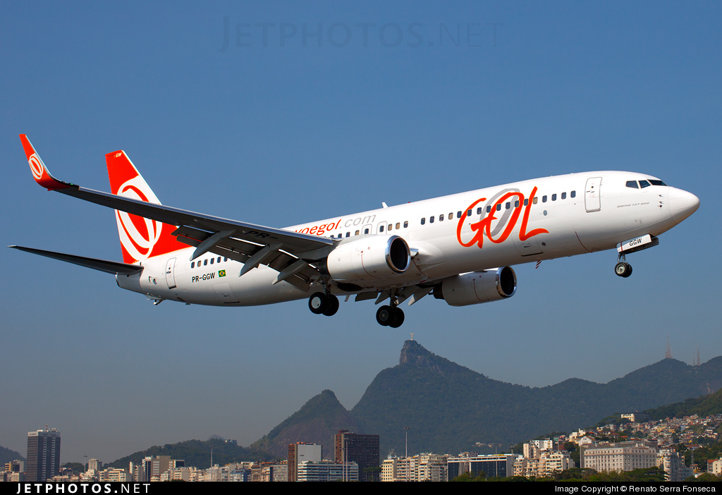Photo of PR-GGW Boeing 737-8EH by Renato Serra Fonseca - AirTeamImages