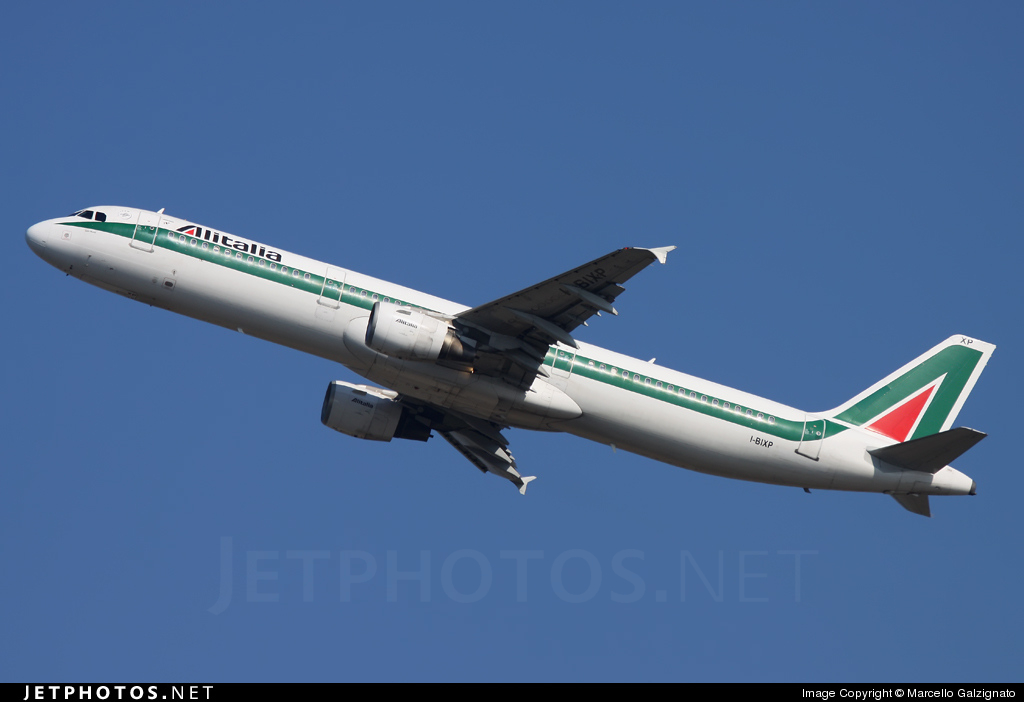 Photo of I-BIXP Airbus A321-112 by Marcello Galzignato