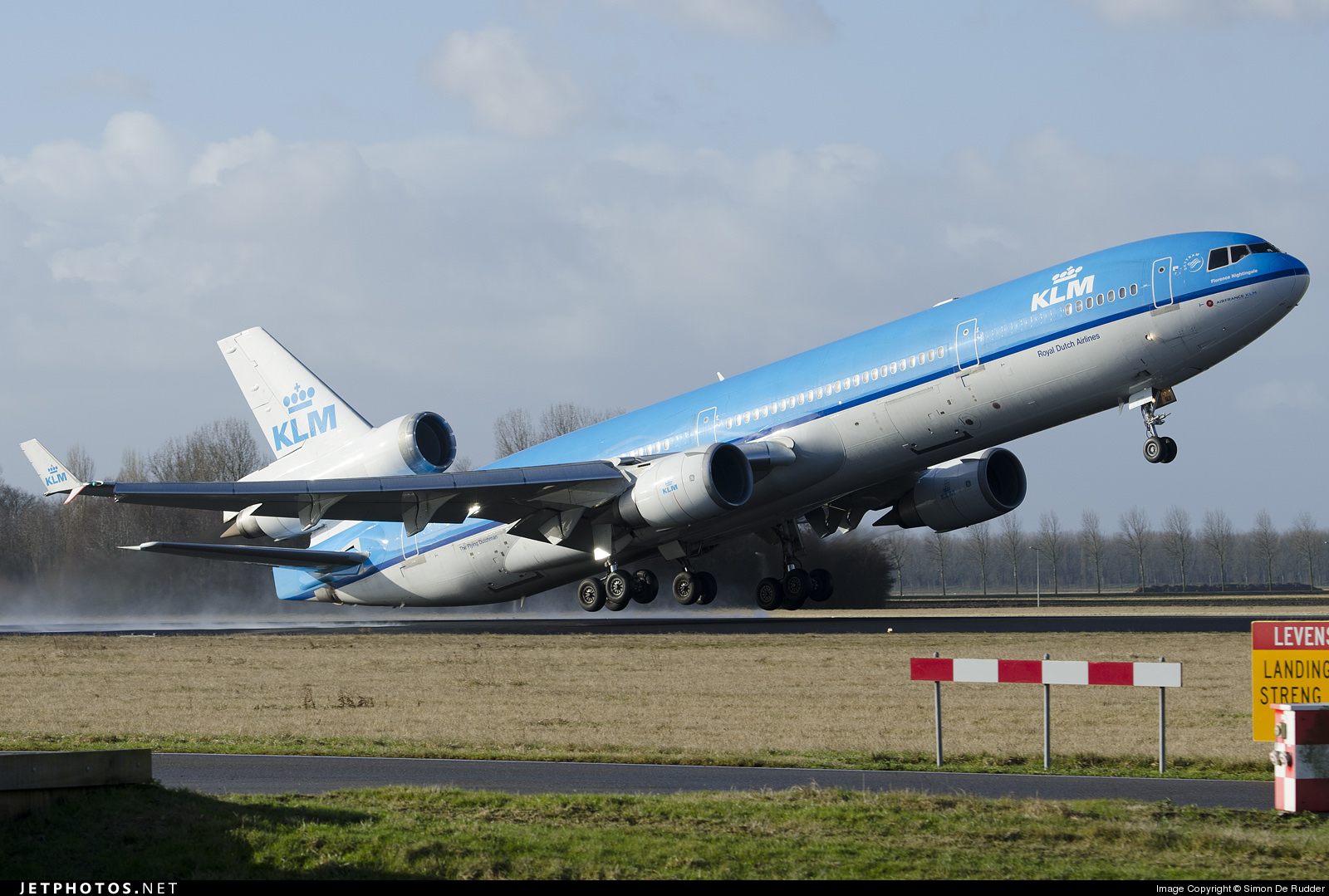 Photo of PH-KCD McDonnell Douglas MD-11 by Simon De Rudder