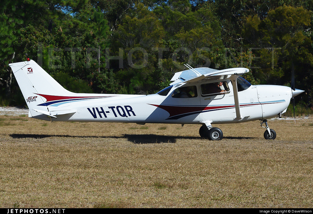 Photo of VH-TQR Cessna 172S Skyhawk SP by DaveWilson