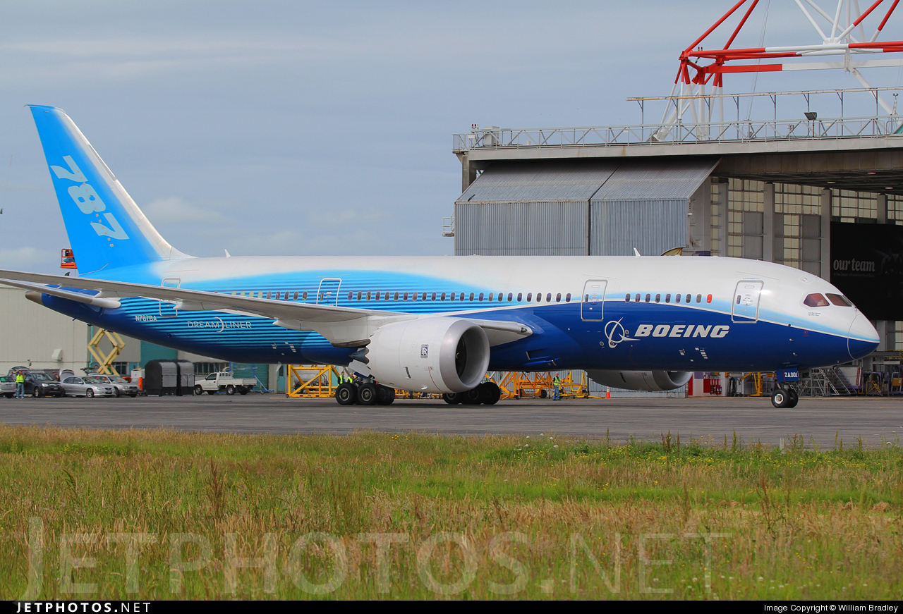 Photo of N787BA Boeing 787-8 Dreamliner by William Bradley