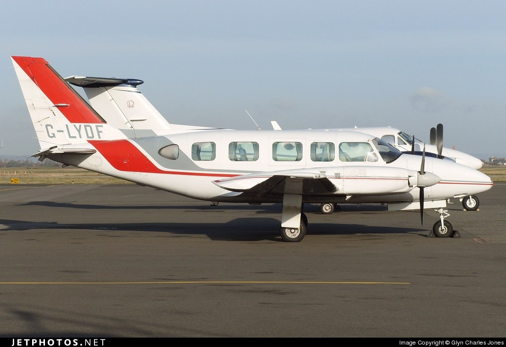 Photo of G-LYDF Piper PA-31-350 Navajo Chieftain by Glyn Charles Jones