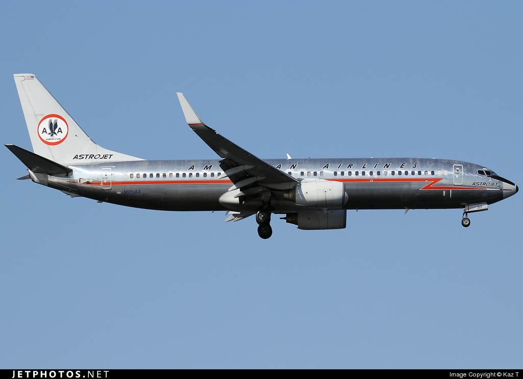 Photo of N951AA Boeing 737-823 by Kaz T