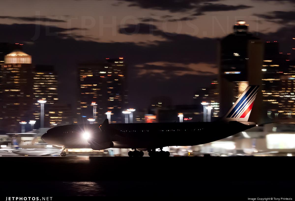 Photo of F-GLZT Airbus A340-313X by Tony Printezis