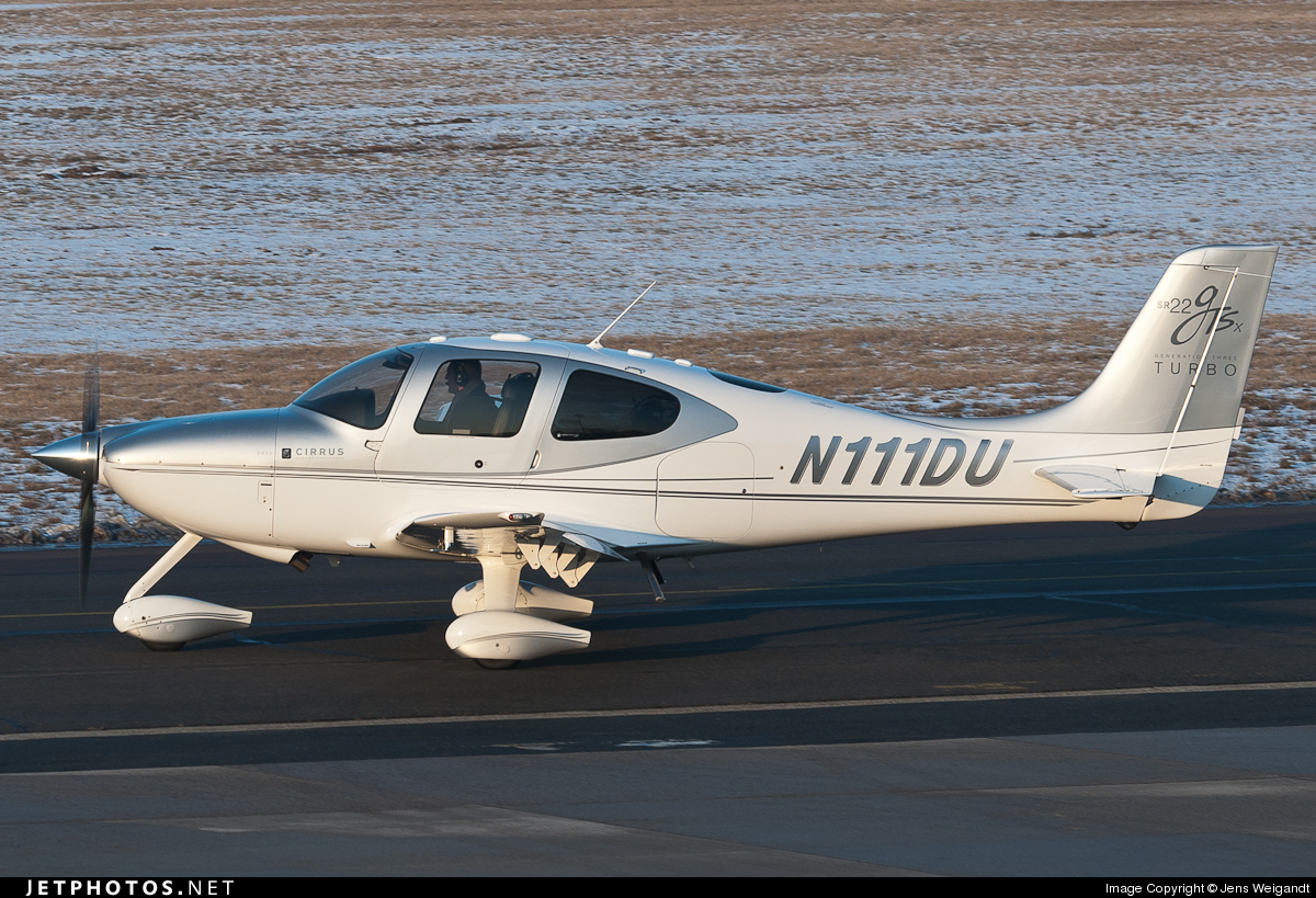 Photo of N111DU Cirrus SR22-GTSx G3 Turbo by Jens Weigandt