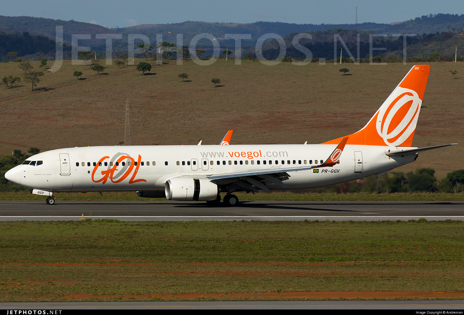Photo of PR-GGV Boeing 737-8EH by André Advíncula Osório