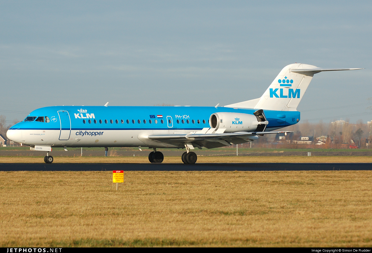 Photo of PH-JCH Fokker 70 by Simon De Rudder