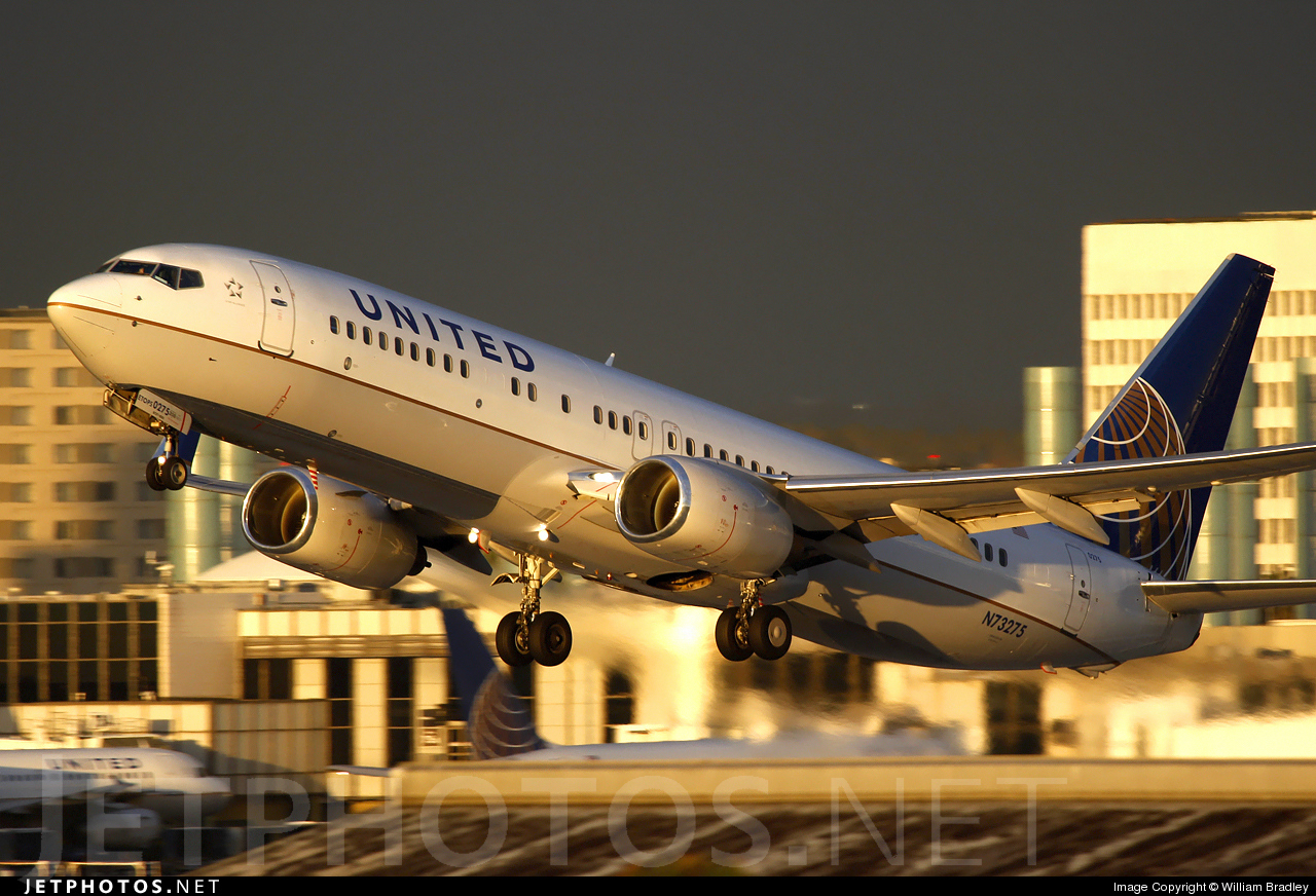 Photo of N73275 Boeing 737-824 by William Bradley