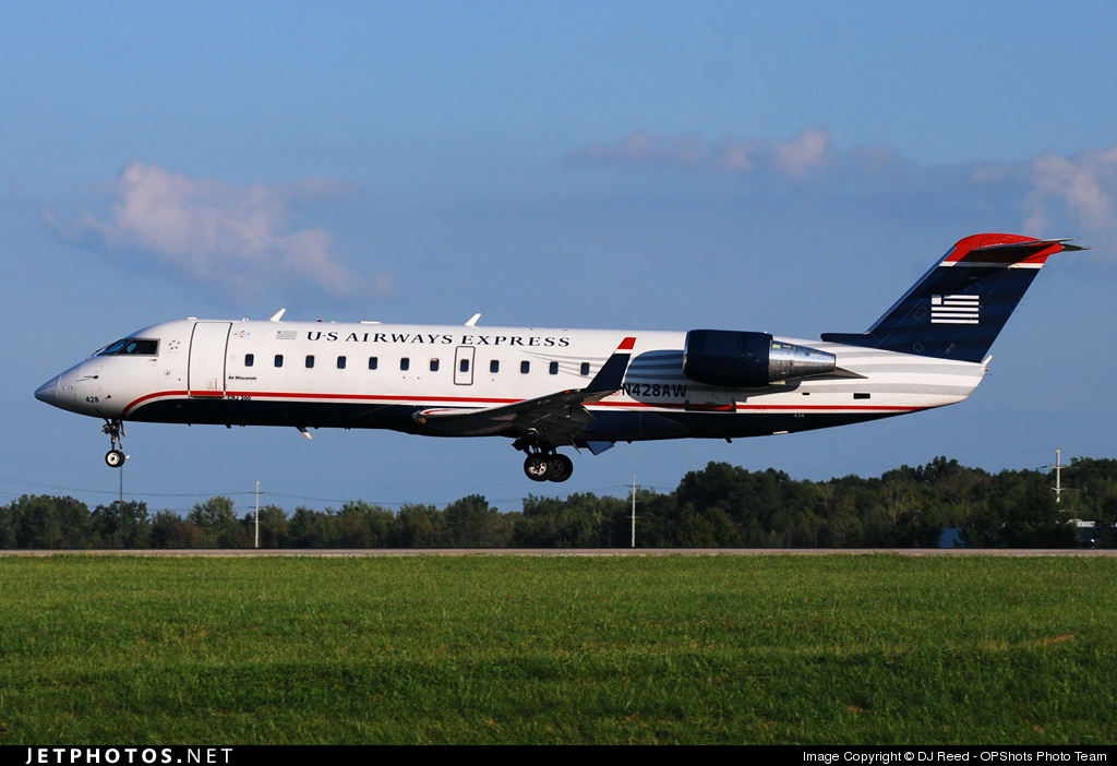 Photo of N428AW Bombardier CRJ-200ER by DJ Reed - OPShots Photo Team