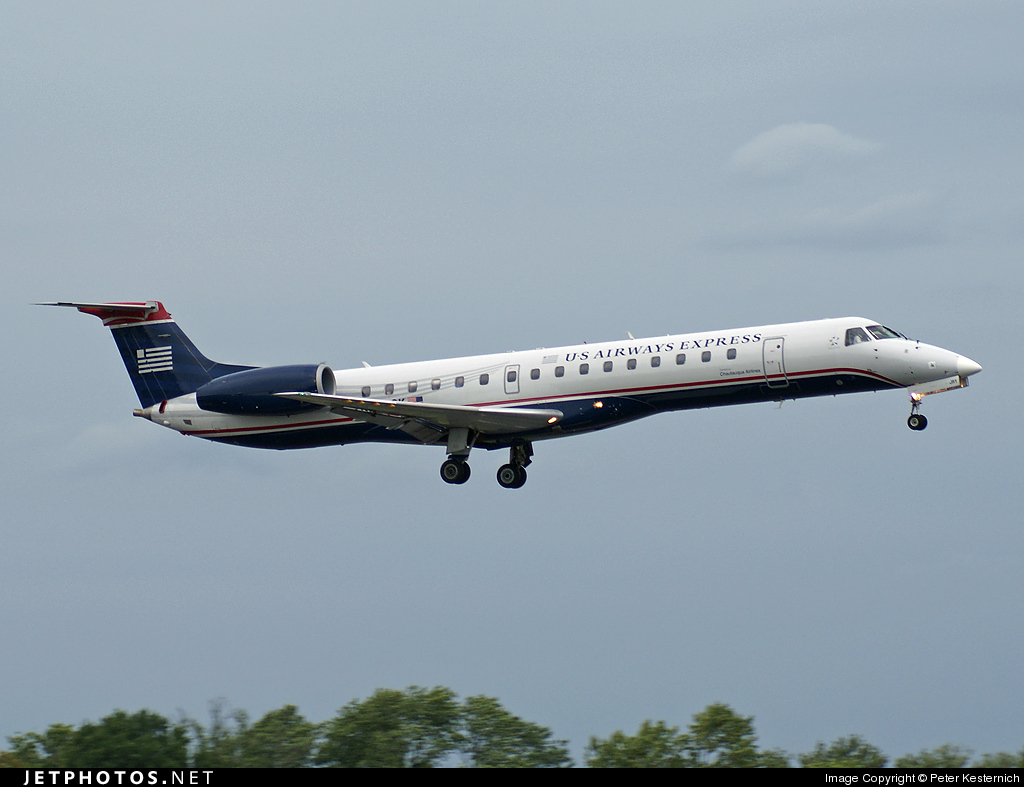 Photo of N293SK Embraer ERJ-145LR by Peter Kesternich