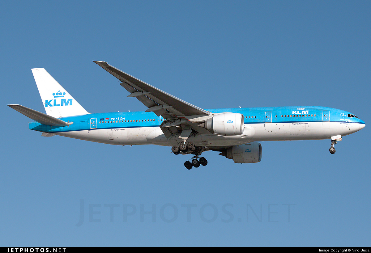 Photo of PH-BQA Boeing 777-206(ER) by Nino Buda